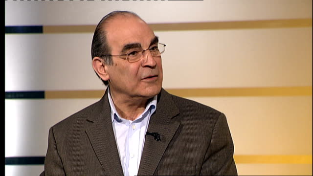 david suchet interview england london gir int david suchet interview sot discusses past roles including poirot and current appearance in all my sons... - ギールフォーレスト国立公園点の映像素材/bロール