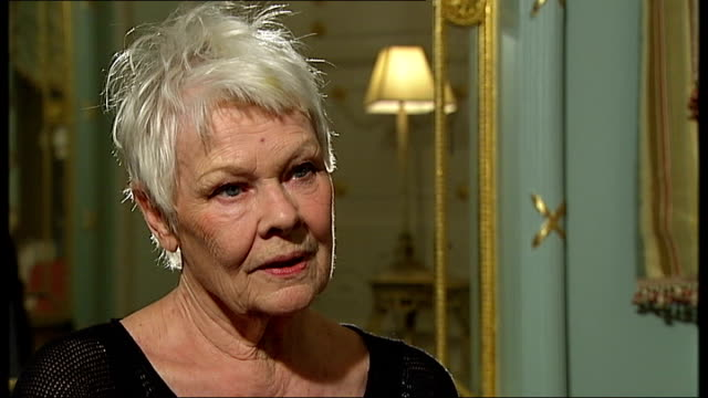vidéos et rushes de 'peter and alice' judi dench interview england london int dame judi dench interview sot on true story behind characters in play on problems with her... - judi dench