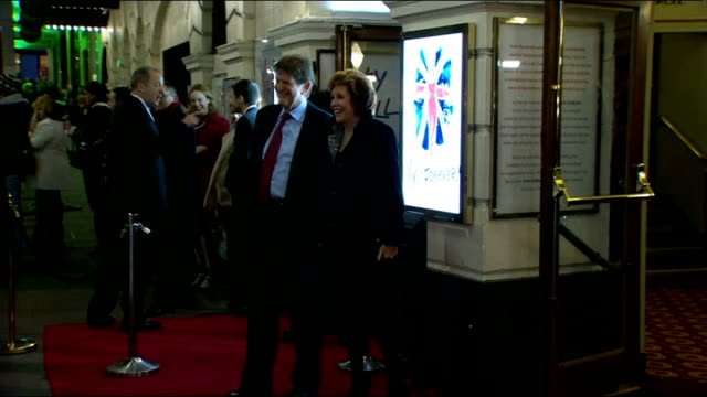 Premiere of Spice Girls stage musical 'Viva Forever' Gvs of fans and Spice girls outside theatre ENGLAND London Piccadilly Theatre THROUGHOUT*** Judy...