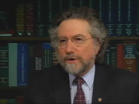 theodore simondefenseattorney for amanda knox the american student convicted in italy of murdering her roommate explains why antoniocuratolois... - crime or recreational drug or prison or legal trial video stock e b–roll