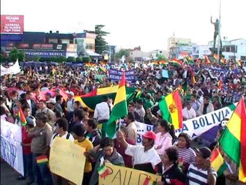 there are fears violence could erupt in bolivia over moves by its biggest province to declare autonomy in a vote sunday. the leftwing government has... - politics and government stock videos & royalty-free footage
