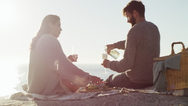there are few things more romantic than a picnic - face to face stock videos & royalty-free footage