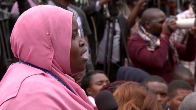theresa may and uhuru kenyatta joint press conference in nairobi cutaways kenya nairobi state house ext cutaways of press conference including... - journalist stock videos and b-roll footage
