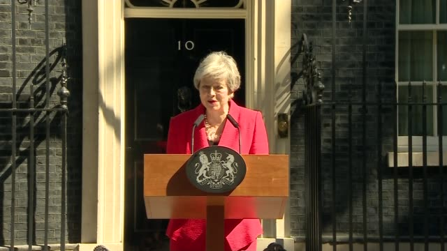 theresa may announces she will resign as conservative party leader on june 7th 2019; uk, london: prime minister theresa may resignation statement in... - 耐久力点の映像素材/bロール