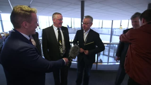 stockvideo's en b-roll-footage met theresa may attends scottish conservative party conference after english local election losses; uk, scotland, aberdeen; michael gove mp interview at... - channel 4 news