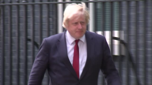 theresa may becomes new prime minister: cabinet appointments; england: london: downing street: ext boris johnson mp leaving number 10 after meeting... - premierminister stock-videos und b-roll-filmmaterial