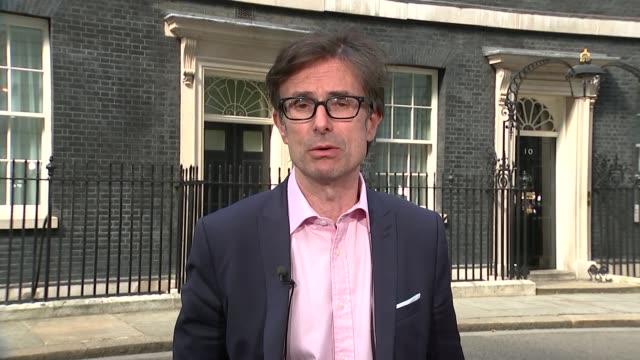 vídeos de stock e filmes b-roll de theresa may becomes new prime minister: handover of power; england: london: gir: int whitehall: rachel younger gir: int stewart sot - alastair stewart