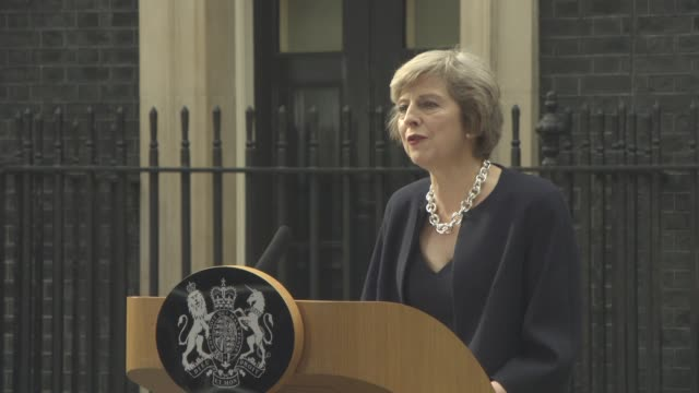 speech theresa may makes her first speech as prime minister outside 10 downing street at new prime minister at 10 downing street on july 13 2016 in... - theresa may stock videos & royalty-free footage