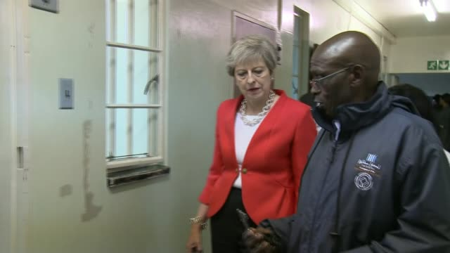 Theresa May pledges £4 billion of extra investment to Africa as threeday trade mission begins SOUTH AFRICA Cape Town British Prime Minister Theresa...