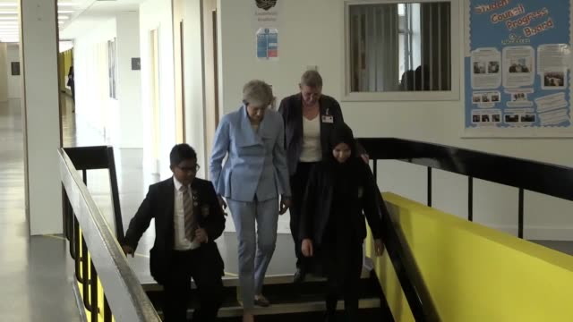 vídeos de stock e filmes b-roll de theresa may said that mental health is one of the crucial issues the next prime minister will have to deal with as she visited southfields academy in... - southwest usa