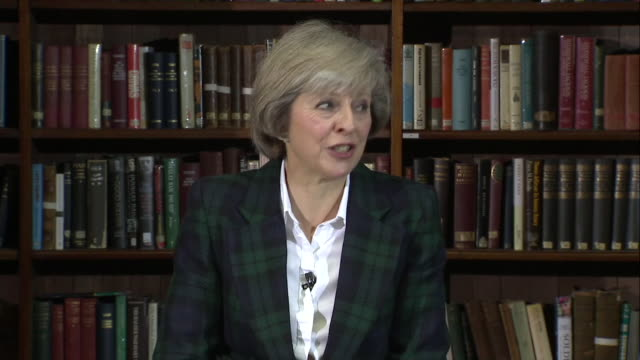"theresa may saying ""my pitch is very simple, i'm theresa may and i think i'm the best person to be prime minister of this country"" - premierminister stock-videos und b-roll-filmmaterial"