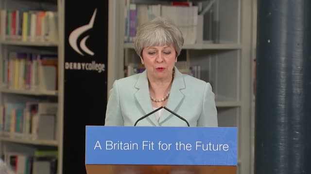 vídeos de stock, filmes e b-roll de theresa may saying people need to change their attitudes to going into training as opposed to university - estudante universitária