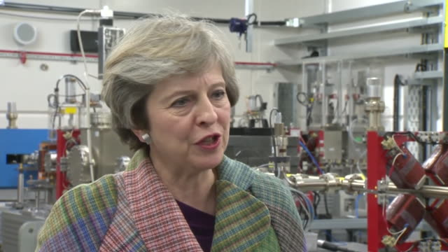 theresa may saying she wants to use brexit as an opportunity to build a truly global britain but also that we need our economy to work for everyone... - jugendmannschaft stock-videos und b-roll-filmmaterial