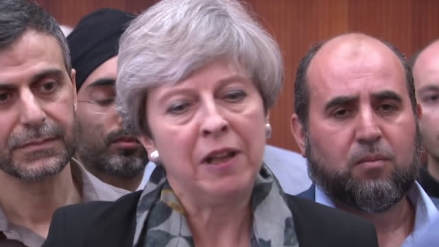 theresa may speaking about the finsbury park terrorist attack at the finsbury park mosque - überfahren stock-videos und b-roll-filmmaterial