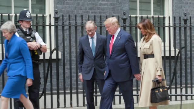 theresa may welcomed donald trump to downing street – but there was no handshake between the two leaders. the us president, who was involved in an... - state visit stock videos & royalty-free footage