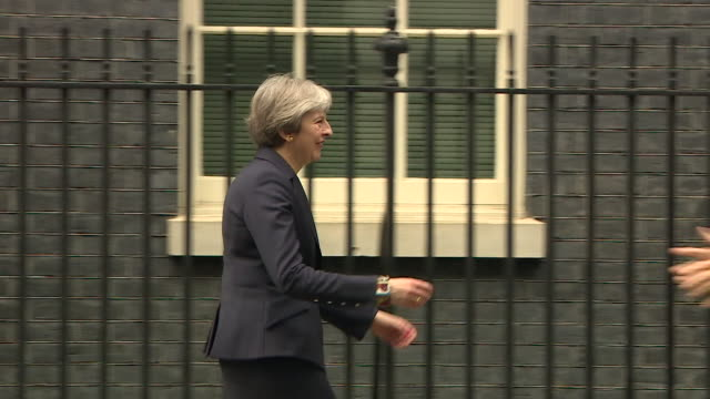 theresa may welcoming dutch prime minister mark rutte to 10 downing street - 10 downing street stock videos & royalty-free footage