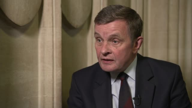 Theresa May's premiership on the brink as cabinet turn on her UK London David Jones MP interview Iain Duncan Smith MP interview David Mundell MP...