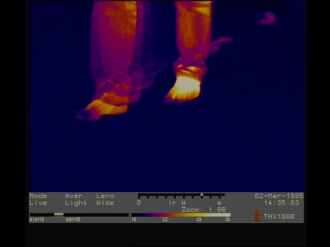 thermographic imaging, cu feet walking into frame to camera, leaving thermal footprints - footprint stock videos & royalty-free footage