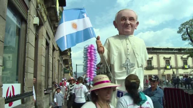 they may have been a few meters away from pope francis during his visit of the city center of morelia the capital of the crime ridden state of... - morelia video stock e b–roll