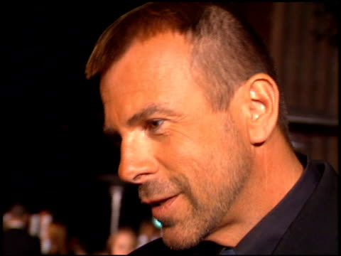 thierry mulger at the 'ready to wear' premiere on december 20, 1994. - 既製服点の映像素材/bロール