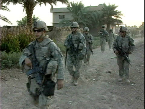 third infantry division us soldiers patrolling rural village / arab jabour iraq / audio - 2007 stock videos & royalty-free footage