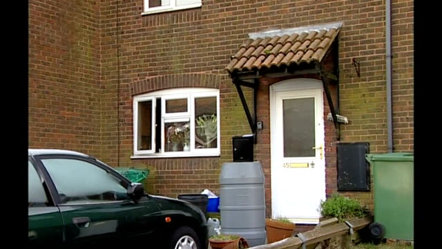 third letter bomb sent to vehicle licensing headquarters in swansea; kent: folkestone: ext exterior of home of company director, michael wingfield... - letterbox stock-videos und b-roll-filmmaterial