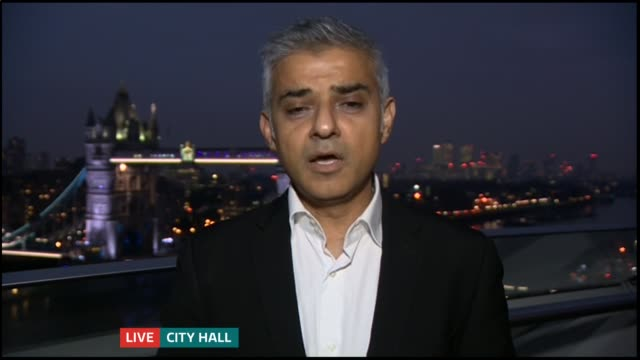 third runway at heathrow backed by government england london gir int sadiq khan mp and preetham sharma live interview sot cutaways reporter - parlamentsmitglied stock-videos und b-roll-filmmaterial
