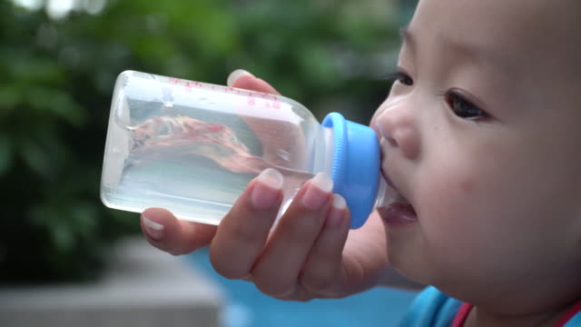 thirsty baby boy - 0 11 months stock videos & royalty-free footage