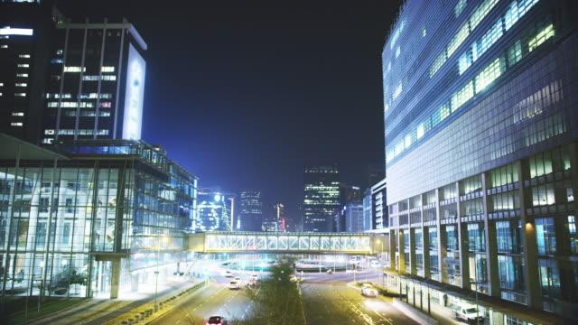 この街は眠らない - brightly lit点の映像素材/bロール