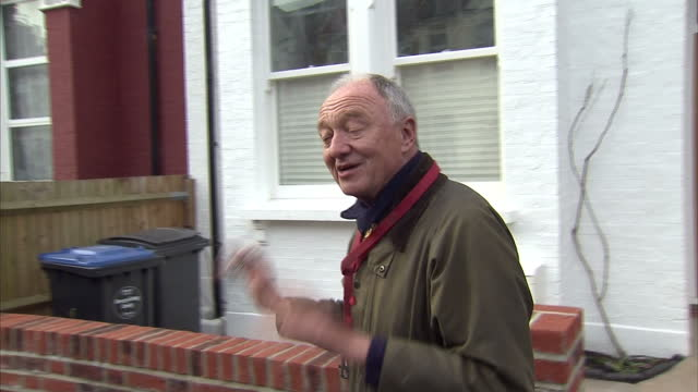 stockvideo's en b-roll-footage met this clip contains a black gap third party content removed voiced ken livingstone has told sky news that he stands by his comments about hitler and... - ken livingstone