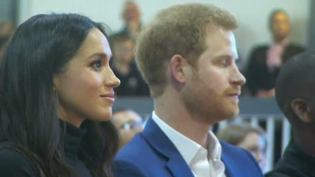 this clip contains music and audio of dramatic performance that may require additional third party clearances clean interior shots of prince harry... - ノッティンガム点の映像素材/bロール