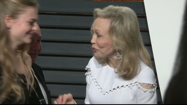 This clip is part mute CLEAN Exterior shots of Faye Dunaway arriving for the Vanity Fair Oscar Party ignoring calls from reporters to comment on the...