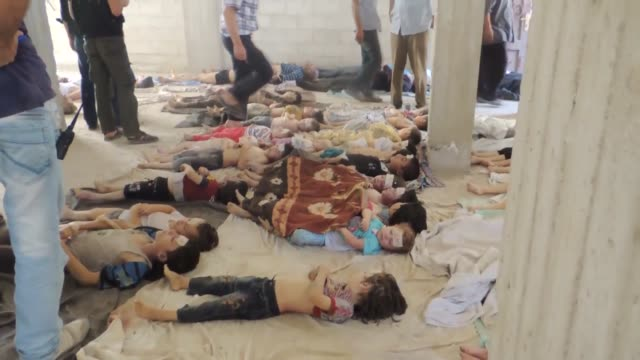 this new footage dated on august 21 2013 shows victims of chemical attack occurred in ghouta syria during the syrian civil war in the early hours of... - syrien stock-videos und b-roll-filmmaterial