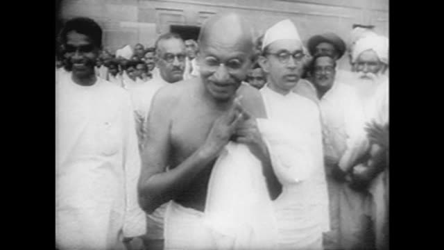 stockvideo's en b-roll-footage met this week in history 9/13 - 9/19 - mahatma gandhi