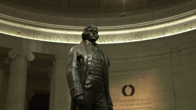 zo, ms, thomas jefferson statue in jefferson memorial, washington dc, washington, usa, - thomas jefferson stock videos & royalty-free footage