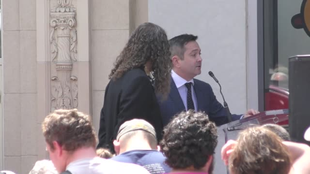 vídeos de stock, filmes e b-roll de thomas lennon at the 'weird al' yankovic honored with a star on the hollywood walk of fame in hollywood in celebrity sightings in los angeles - weird al yankovic