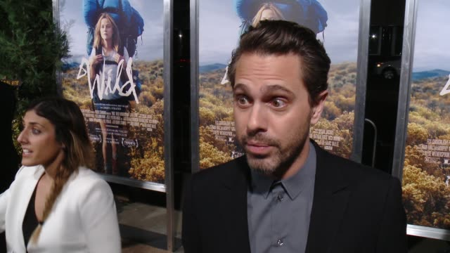 interview thomas sadoski on being a fan of the book and if he could see himself taking a similar journey at 'wild' los angeles premiere presented by... - 映画芸術科学協会点の映像素材/bロール