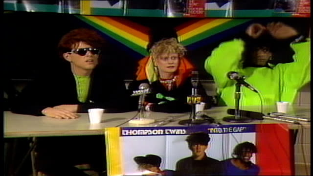 vídeos de stock e filmes b-roll de thompson twins commenting on their favorite musicians - mtv1
