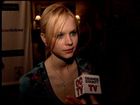thora birch at the race to erase at the westin century plaza hotel in century city, california on april 22, 2005. - レーストゥイレースms点の映像素材/bロール