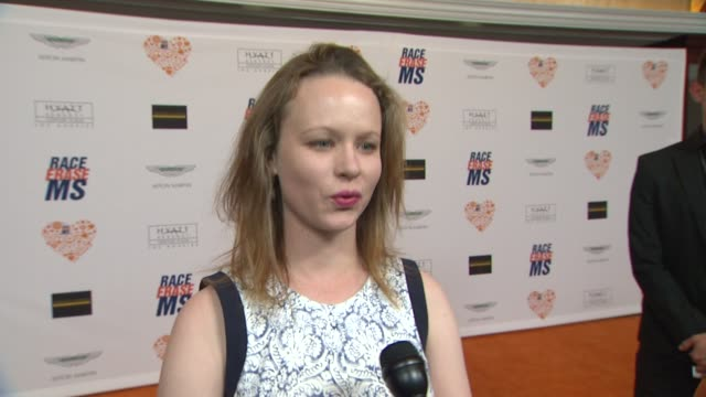 thora birch on being a part of the night, what she appreciates about the work nancy davis is doing at the 21st annual race to erase in los angeles,... - レーストゥイレースms点の映像素材/bロール