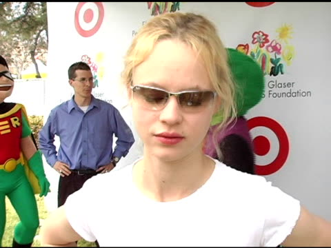 thora birch on her past relationship with the elizabeth glaser foundation on why she likes the festival and on her upcoming projects at the target 'a... - アタイムフォーヒーローズ点の映像素材/bロール