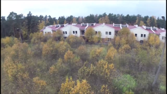 thousands of abandoned villages are scattered across northern russia many have become uninhabited due to a lack of infrastructure and jobs poor... - altri temi video stock e b–roll
