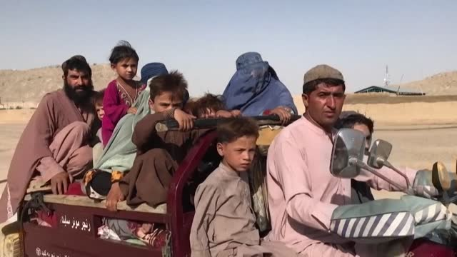 thousands of afghan families have fled their homes to escape fighting in the former taliban bastion of kandahar, as afghanistan's conflict escalates... - afghanistan stock videos & royalty-free footage