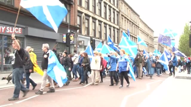 thousands of campaigners have marched through glasgow in support of scottish independence. organised by all under one banner, the marchers passed... - scottish flag stock videos & royalty-free footage