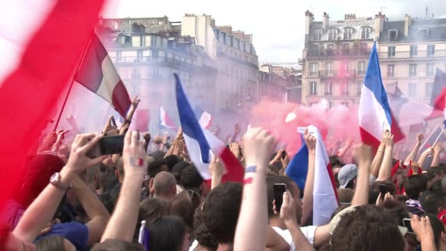 thousands of fans in the heart of paris watched france lose to germany in an underwhelming quarter final game - quarterfinal round stock videos & royalty-free footage