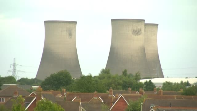 thousands of homes across oxfordshire left without power following didcot cooling towers demolition england oxfordshire didcot ext long shot of three... - didcot stock videos and b-roll footage