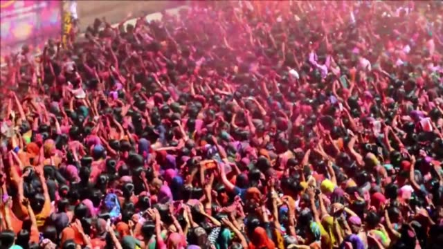 thousands of indian worshippers celebrate holi in the kalupur swaminarayan temple in ahmedabad gujarat state in the west of the country - hinduism stock videos & royalty-free footage