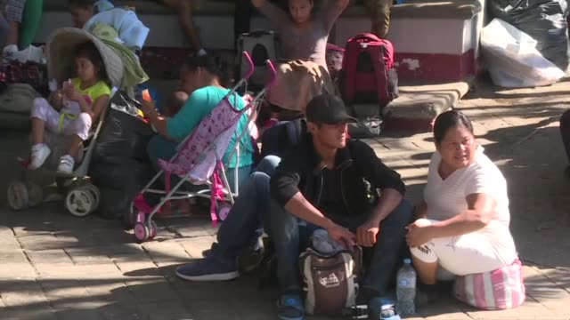 Thousands of mostly Honduran migrants whose trek toward the United States has triggered tirades from US President Donald Trump prepare to pursue...