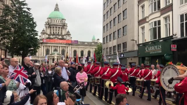 thousands of orange order members take to the streets of northern ireland to celebrate their annual day. the events mark the anniversary of the... - northern ireland stock videos & royalty-free footage