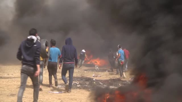 thousands of palestinians converged along the gaza strip's eastern border with israel for the third friday of ongoing protests against israel's... - historical palestine stock videos & royalty-free footage